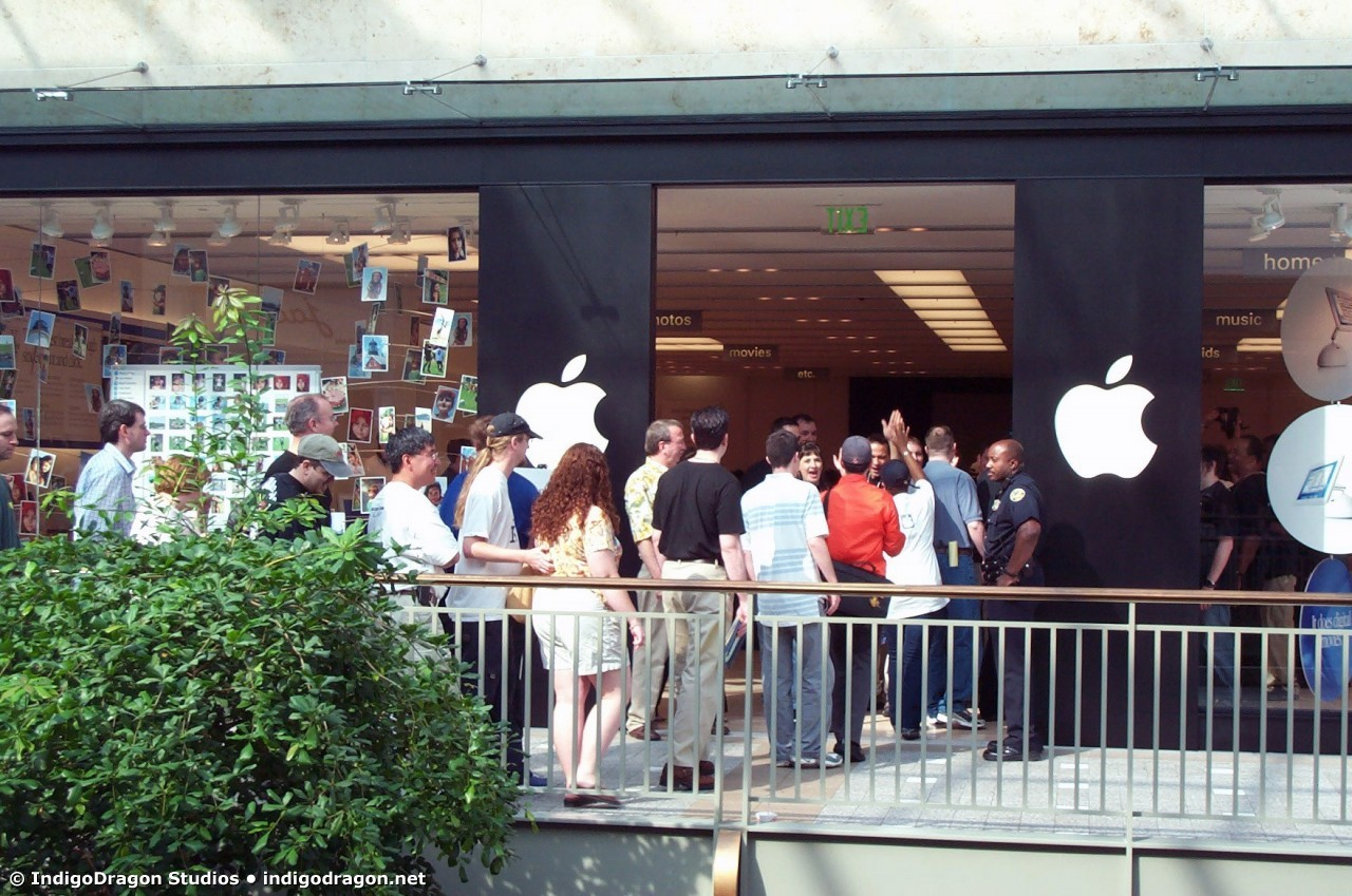 Apple Store Opening Lenox Mall 8