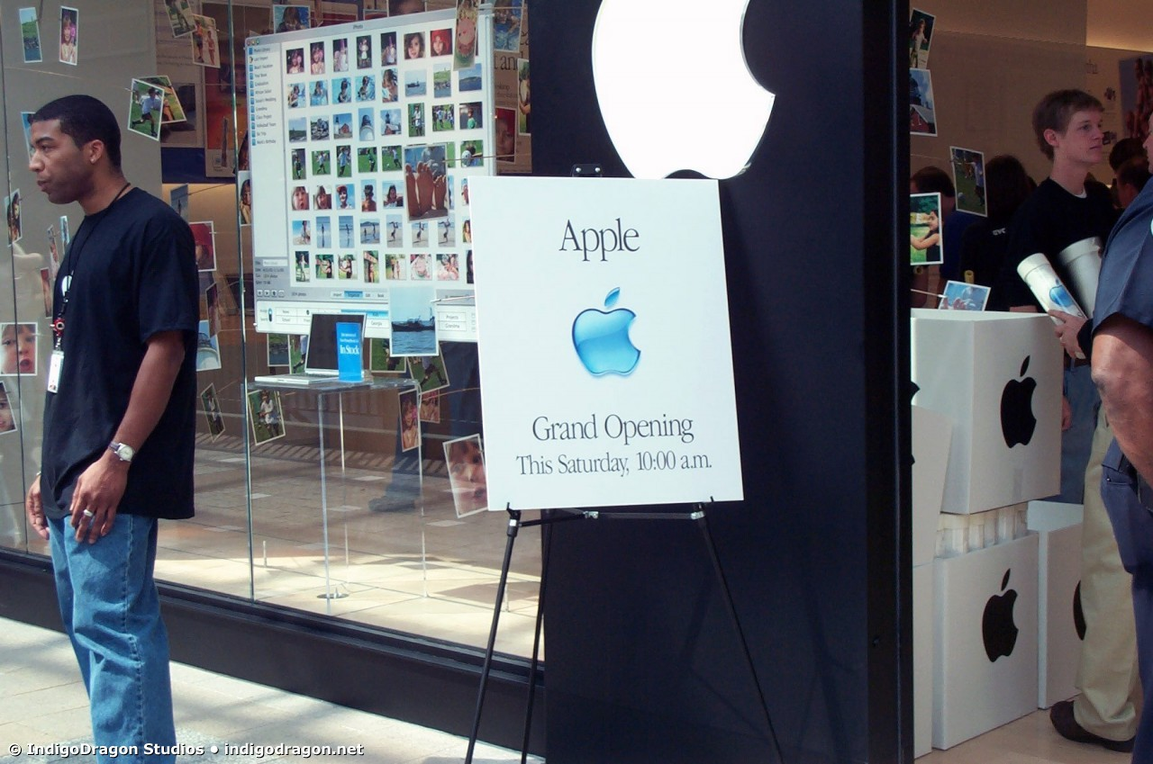 Apple Store Opening Lenox Mall 23